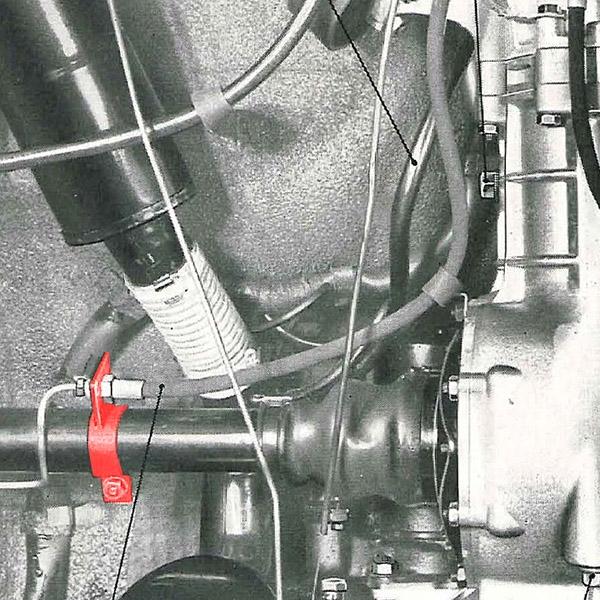 6-patte support tuyau frein.jpg
